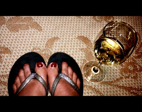spd 10 : reef flipflops and a glass of rombauer chardonnay by SusanKurilla