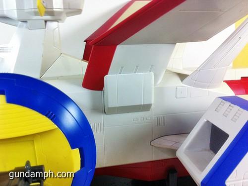 1 400 Gundam White Base Pre Owned (8)