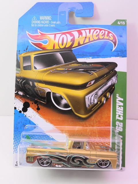 hot wheels treasure hunt custom '62 chevy (1)