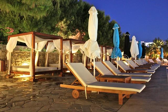 Aire de la piscine de l'hôtel Theoxenia, Myconos, Grèce