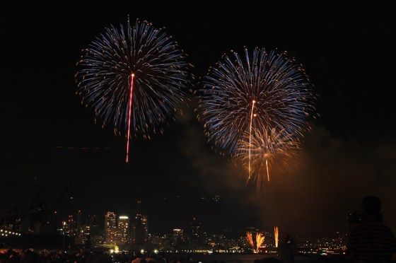 110806_fireworks12