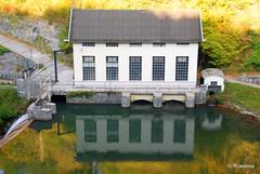 Central eléctrica del pantano de Irabia