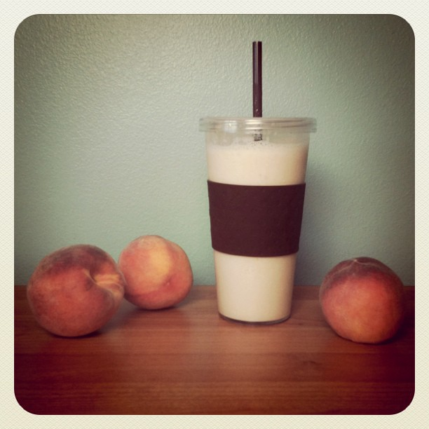 Fresh peach smoothies. Yum.