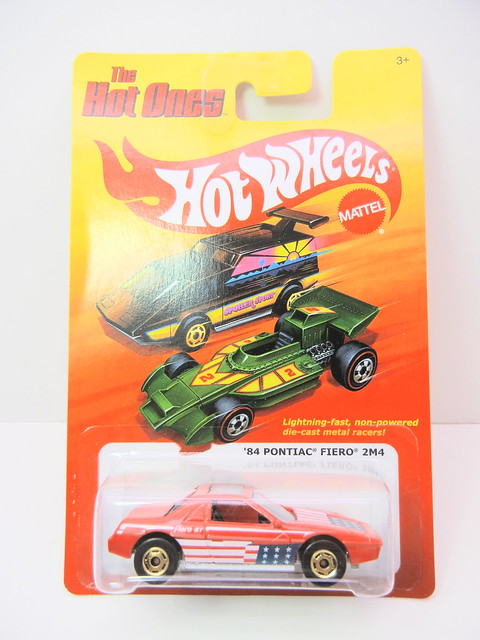 hot wheels hot ones '84 Pontiac Fiero 2m4