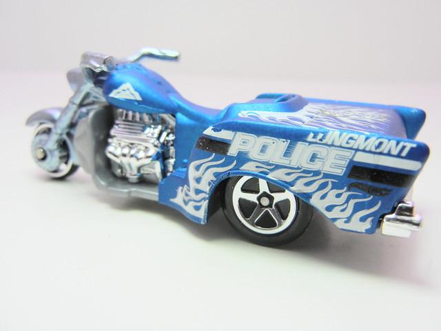 hot wheels boss hoss motorcycle blue (2)