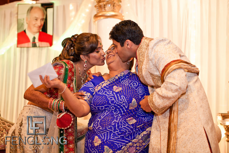 Bride & Groom Greeting Guests | Shamz & Sana's Wedding Day 3 | Zyka Indian Banquet Hall Decatur | Atlanta Indian Photographer
