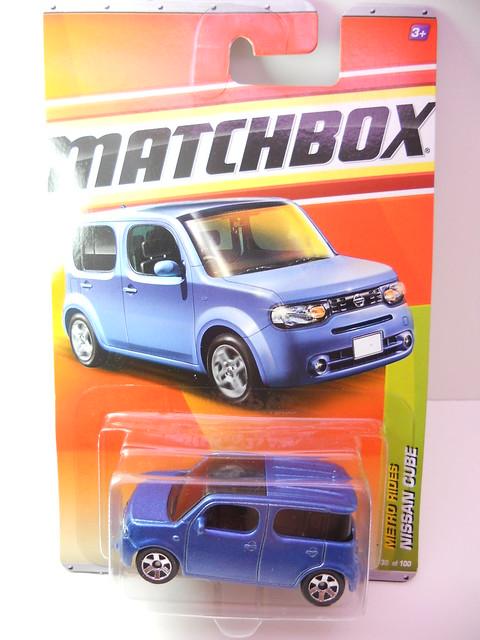 matchbox nissan cube (1)