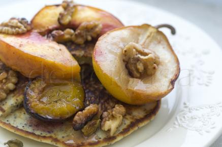 clatite cu mac si fructe coapte (9 of 15)