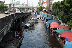 Bangkok Floods - Minburi area (8)