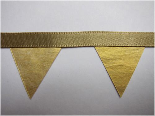 goldbuntingclose