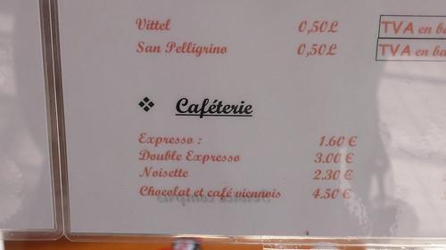 On ne dira jamais assez le mal que le petit commerce fait parfois à la langue française...