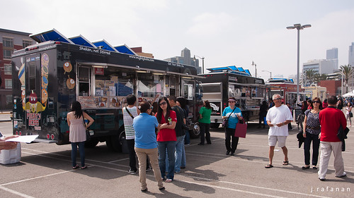2011 Cherry Blossom Festival, Day 2: Food Truck Haven