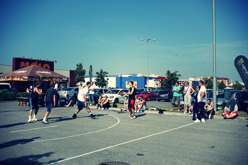 Molo Monster StreetGames