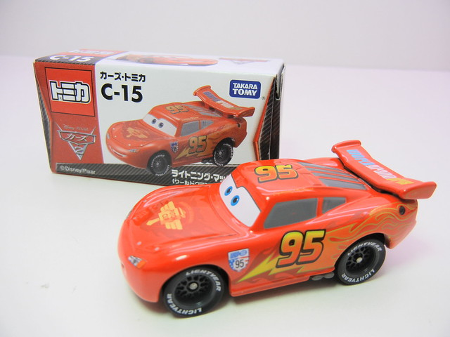 disney cars 2 tomica c-15 lightning mcqueen (2)