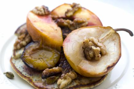 clatite cu mac si fructe coapte (6 of 15)