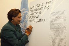 Kamla Persad-Bissessar Signing a Joint Stateme...