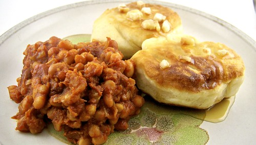 Baked Beans with Toutons