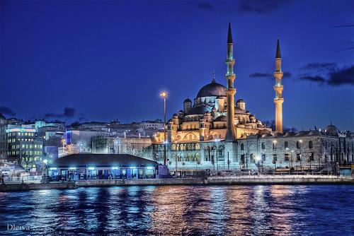 Yeni Cami Mosque (Istambul, Turkey)
