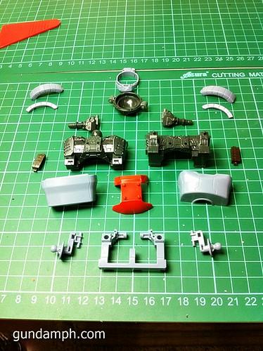 MG Rick Dias Quattro Custom RED Review OOB Build (8)