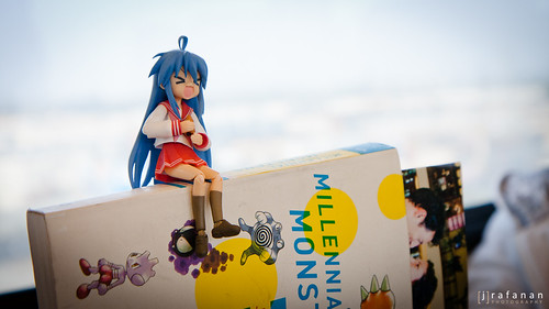 2011 Cherry Blossom Festival, Day 1: Konata + Book