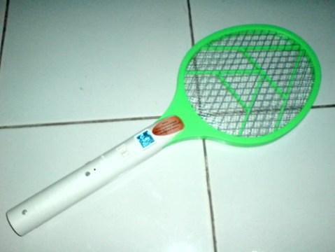 Raket Nyamuk