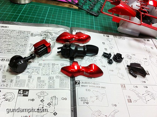 MG Sazabi Metallic Coating (Titanium-Like Finish) (29)