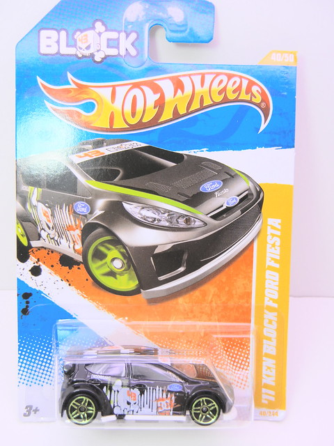 hot wheels '11 ken block ford fiesta (1)