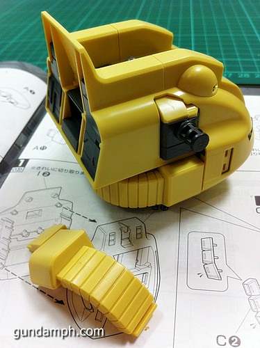 MG The-O PMX-003 Review OOB Build (14)