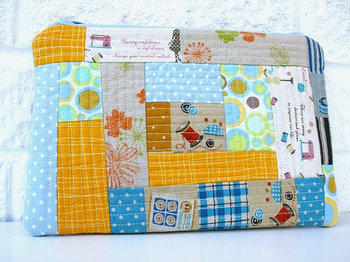 Log cabin zippered pouch
