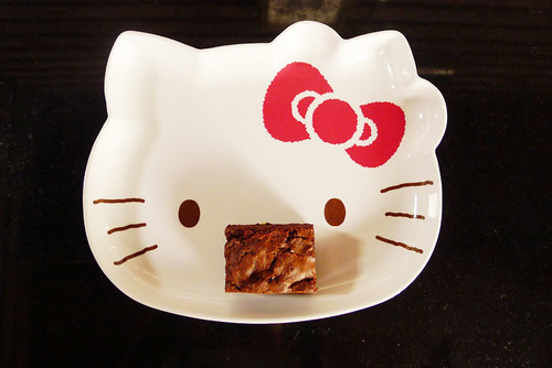 hello brownie kitty