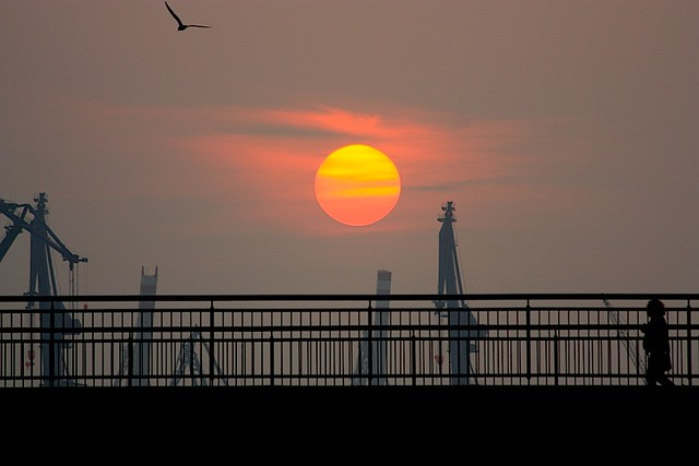 Sunset over Speicherstadt (click me)