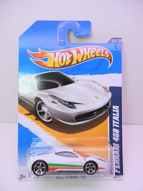 hot wheels 2012 ferrari 458 italia (1)