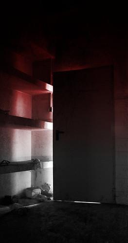 dietro la porta by lc978