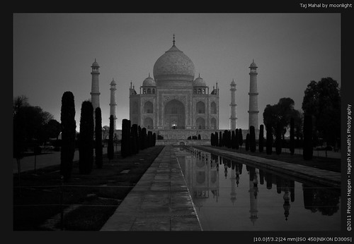 Taj Mahal by moonlight