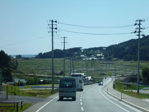 陸前高田市小友町で震災ボランティア(レーベン隊) Volunteer at Rikuzentakata, Iwate pref. Deeply Affected Area by the Tsunami of Japan Earthquake
