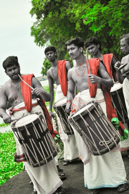 Drummers performing a welcome beat for Bride and Groom