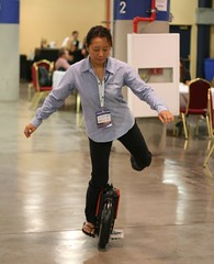 Motorized self balancing unicycle