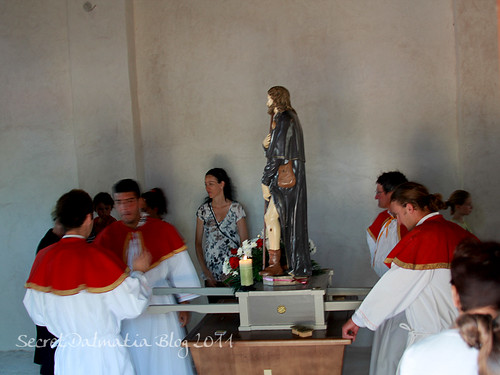 The statue of Sveti Roko in the church