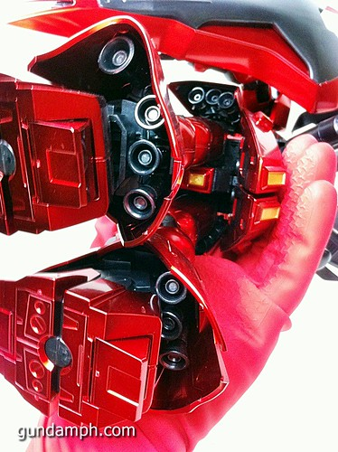 MG Sazabi Metallic Coating (Titanium-Like Finish) (60)