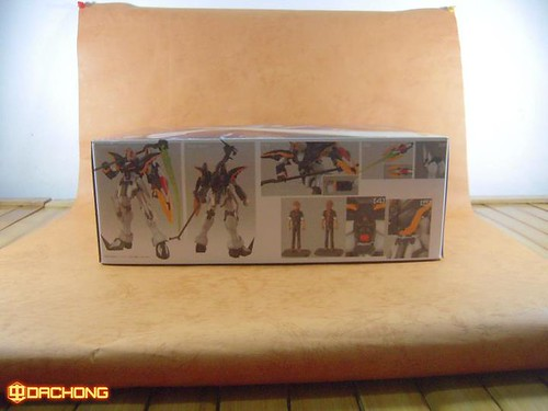 Dragon Momoko Brand Gundams from Taiwan (2)