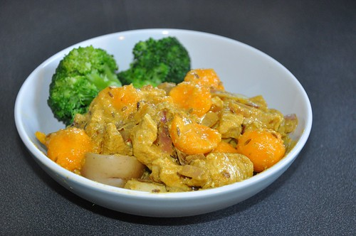 Papaya Huhn mit Brokkoli und Kartoffeln
