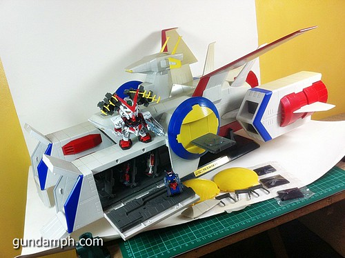 1 400 Gundam White Base Pre Owned (1)