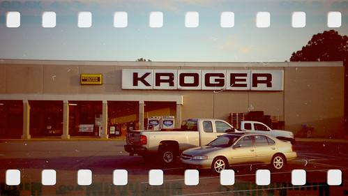 Kroger (35mm Molga Color)