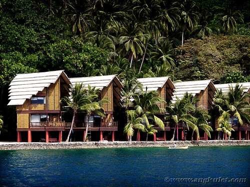 Mandaya House, Pearl Farm Beach Resort