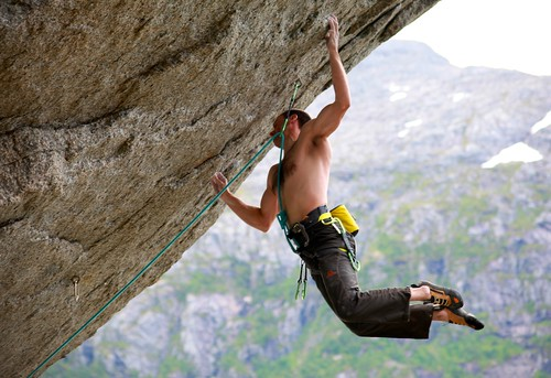 GORE-TEX® Experience Tour: New Routes in Arcti...