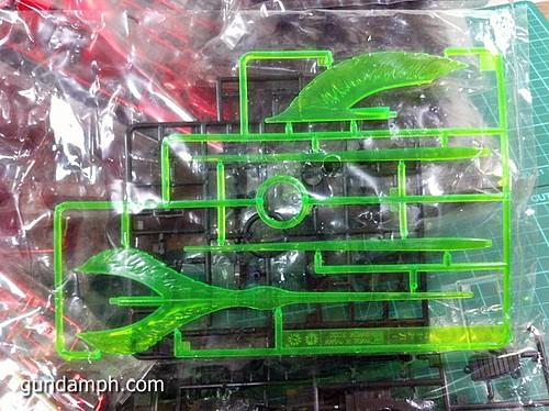 MG Sazabi Metallic Coating (Titanium-Like Finish) (10)