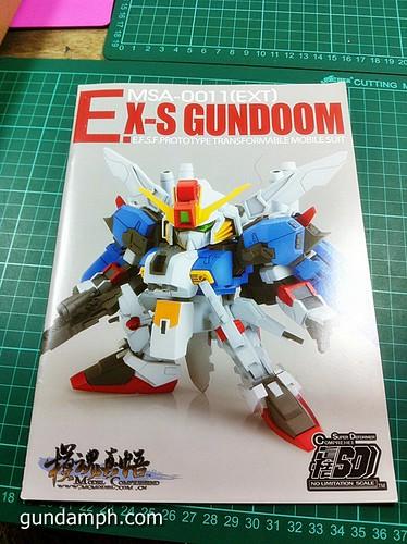 MC SD EX-S Gundoom  Model Comprehend  Review  OOB Build (9)