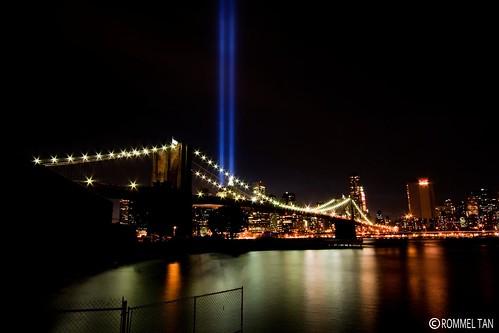 9/11 Tribute of Light over Brooklyn Bridge (Explore)
