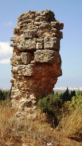 Columna acueducto Tempul-Gades