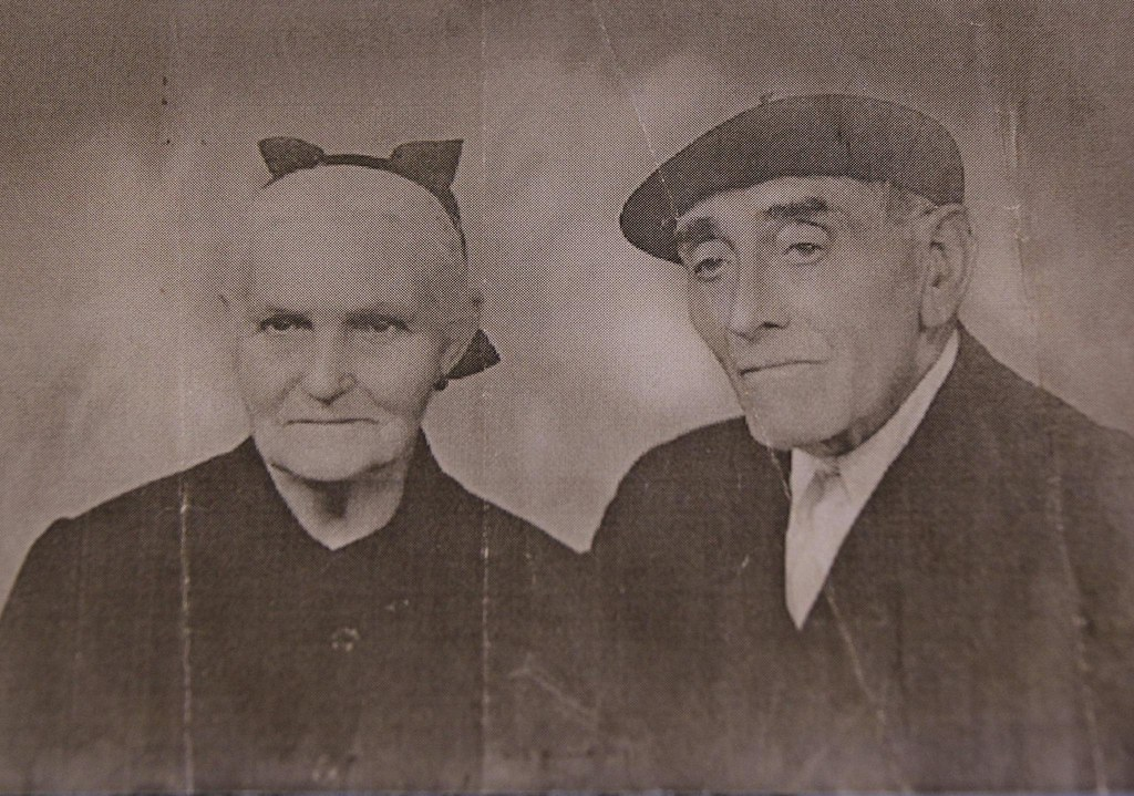 Retrato tradicional de una matrimonio vasco...